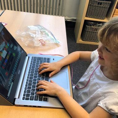 grade1 laptop