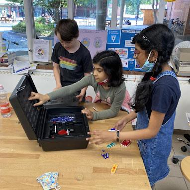 Primary TIDE lesson in Maker Space