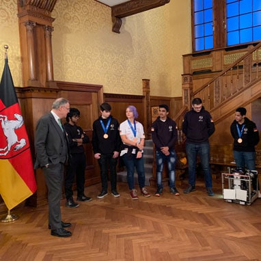FIRST Robotics team visit Ministerpräsident Weil